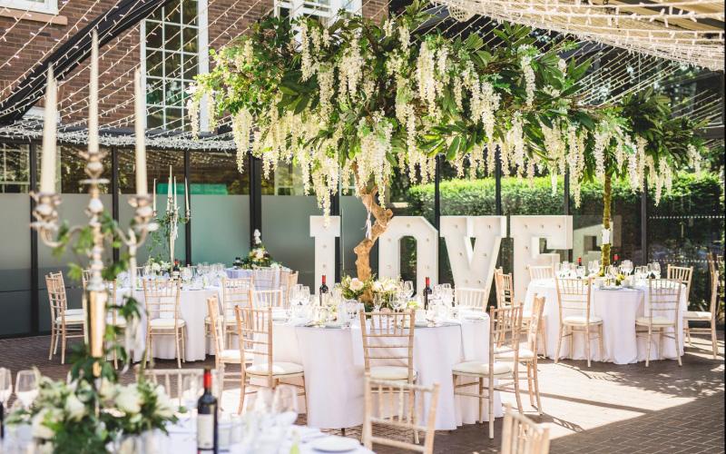 Love wedding set up