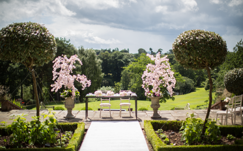 outdoor wedding ceremony cheshire