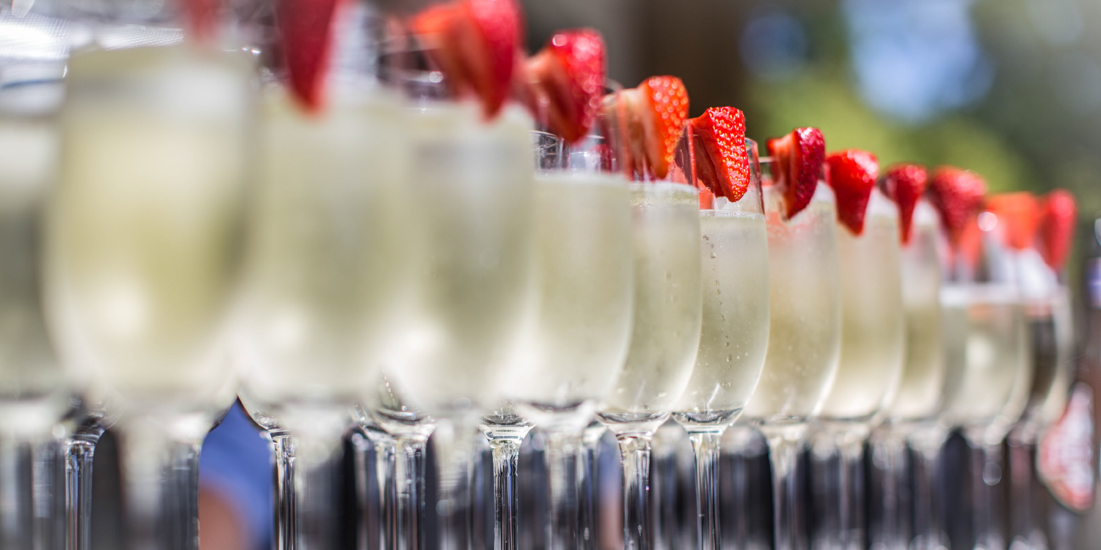 Top ideas for wedding drinks with a difference