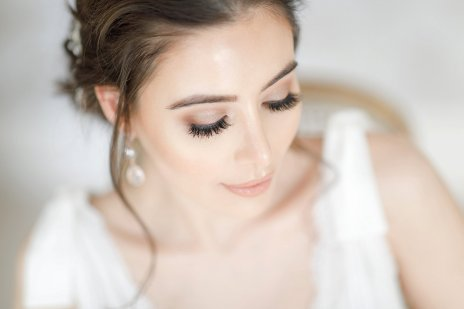Ideas for hair and makeup