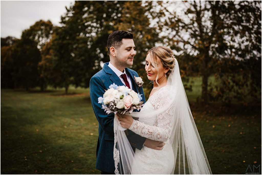 Sophie & Oliver Smith Autumn Wedding