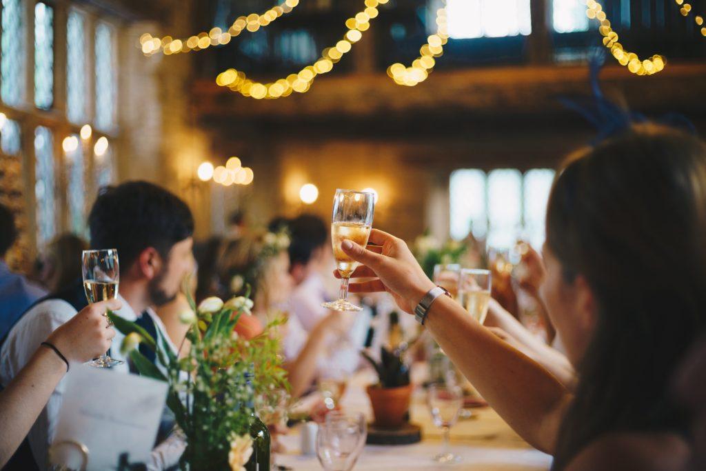 Image describes wedding speeches