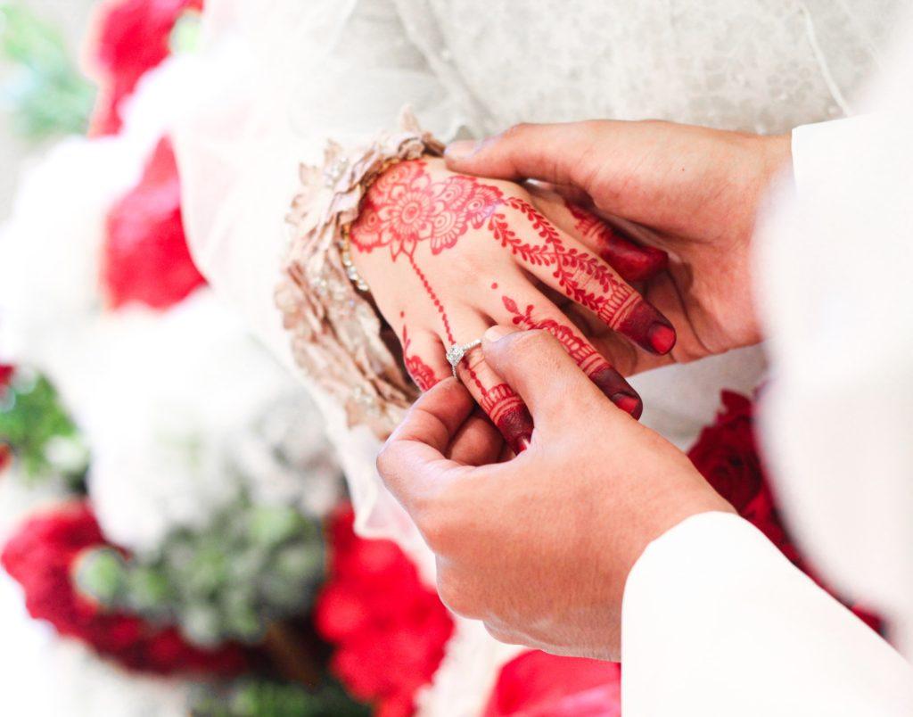 Image describes henna tattoos for a bride.