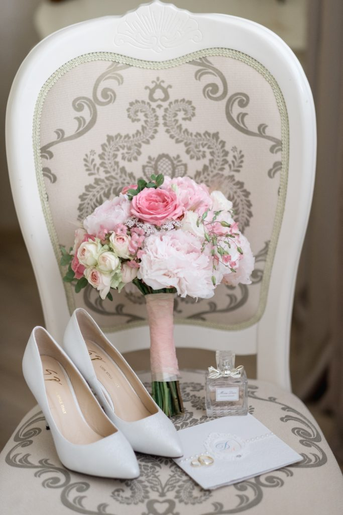 Image describes something borrowed something new items.