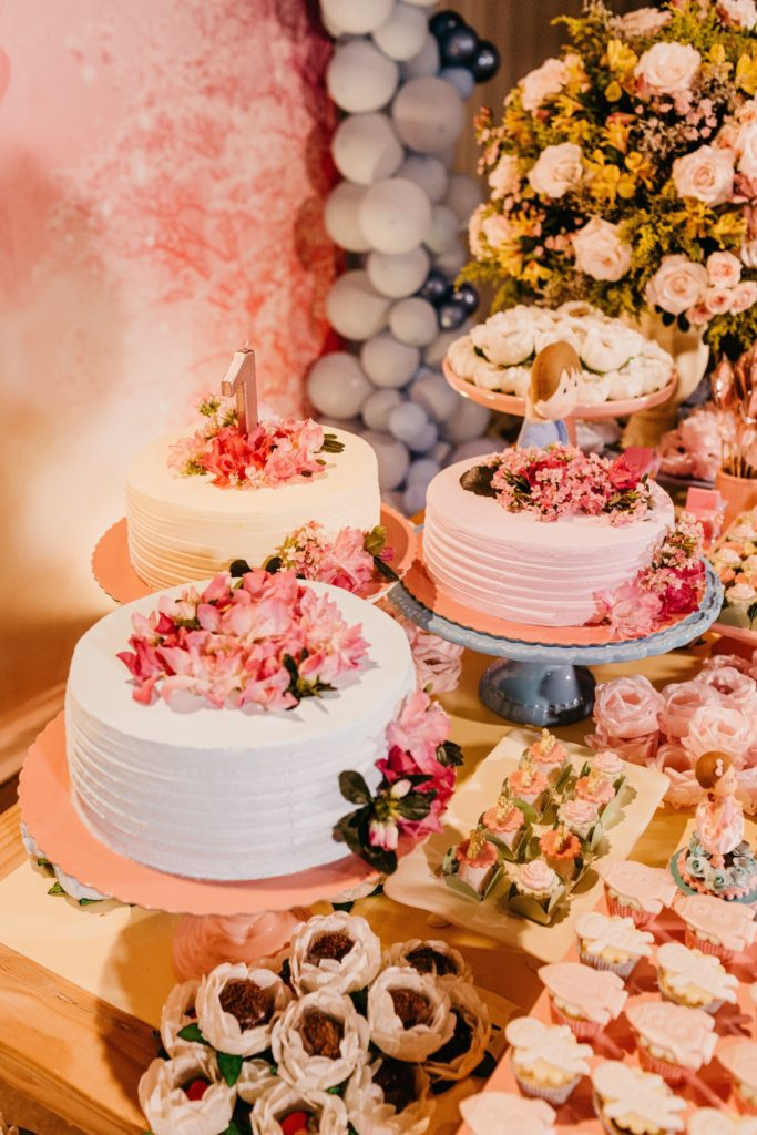 Image describes a wedding dessert table